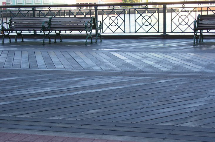disney world ipe boardwalk