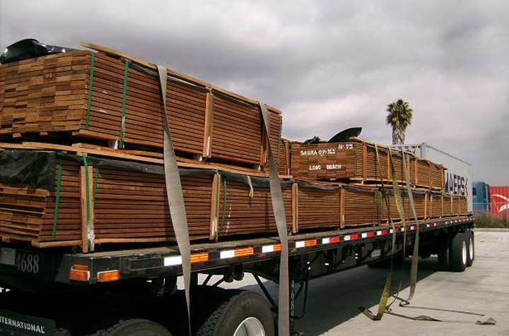 truck with ipe lumber boards